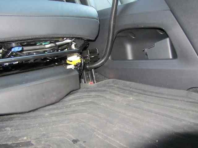 2012 Honda CRV RAMPOD 1 iPad Mount Gallery Article